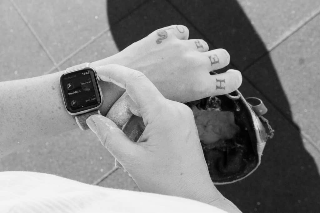 bouldern-tipps-anfänger-apple-watch-repoint-kletter-app-herrenberg-bouldern-kletterhalle-stuttgart-fitness-stuttgart-bouldern-mit-der-apple-watch