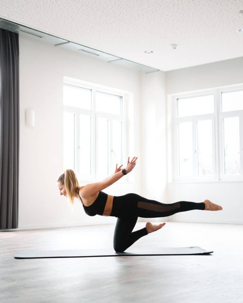 weltyogatag-yoga-apple-watch-yoga-app-meditation-sport-passion-yogi-stuttgart-diesemary-training-Titel-world-yoga-day